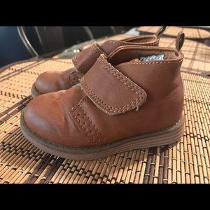 Toddler boy Oshkosh fashion boots size 6